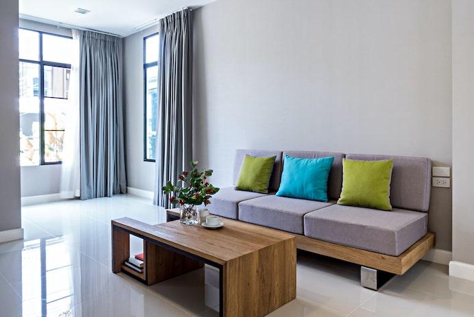 Prenovljena dnevna soba v stanovanju